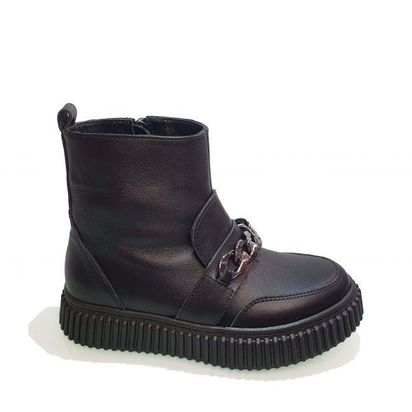 Ботинки Tomini черные на ребристой подошве 715