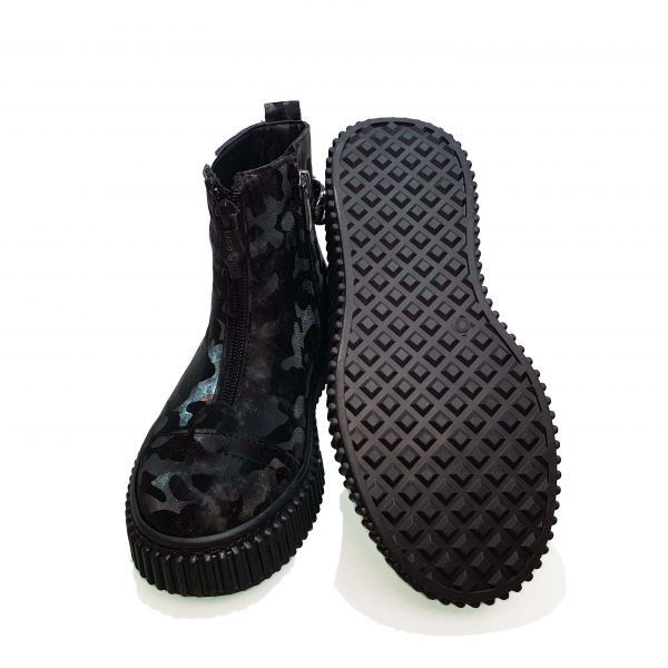 Ботинки Tomini черные из натуральной кожи в лазерной обработке 169